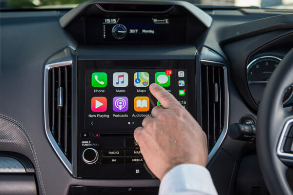 Apple CarPlay<sup>®</sup> and Android Auto<sup>TM</sup> connectivity<sup>1</sup>